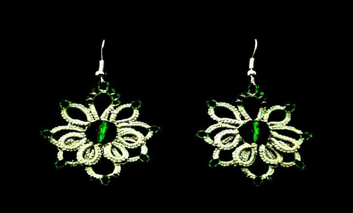 pendientes de frivolite con perlas verdes
